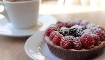 До чого сниться тістечко – сонник, купувати, їсти і бачити багато тістечок з кремом і тортів уві сні