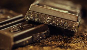 До чого сниться шоколад – сонник, бачити, їсти і купувати плитки шоколадка, отримувати багато шоколаду в подарунок уві сні