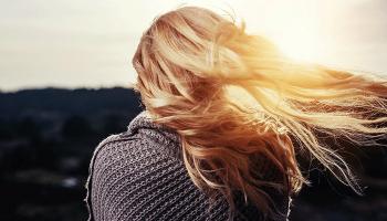 До чого сниться сильний вітер – сонник, бачити уві сні дощ з вітром, заметіль і буря за вікном